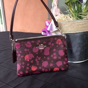 NY Stage Coach Wallet Hangbag🌹